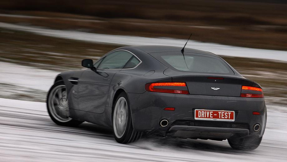 Aston martin v8 vantage. Зимние виды спорта на суперкаре вроде Aston Martin V8 Vantage? А почему бы и нет — мы опробовали его в этом деле.