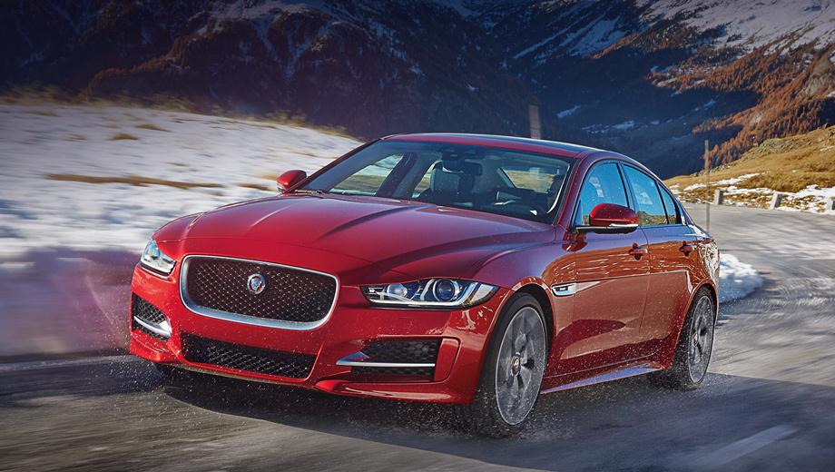 Jaguar xe. Цены на полноприводный седан XE будут объявлены ближе к старту продаж. Его прайс-лист в России сейчас начинается с 2 482 000 рублей (за заднеприводный автомобиль).