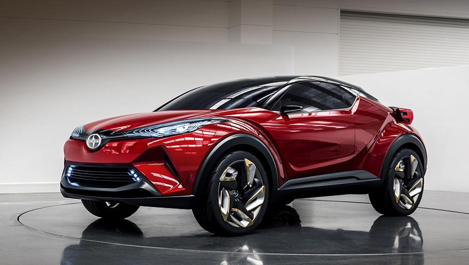Toyota c-hr. Акроним C-HR (Compact size and High Ride height) можно перевести как компактный автомобиль с большим клиренсом (просвет не назван). Концепт Сайена отличается от Тойоты C-HR бамперами да логотипом, ну и цветом кузова. Салон оба концепта пока не предъявили.