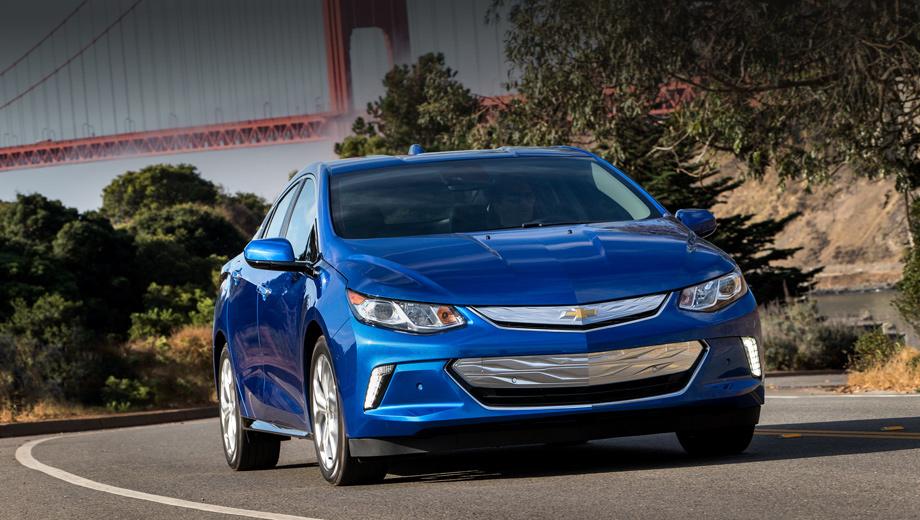 Chevrolet volt. Премьера модели Chevrolet Volt состоялась в Детройте в январе нынешнего года. Цена базовой версии в США — $33 170 (2,15 млн рублей), без учёта федеральных дотаций.