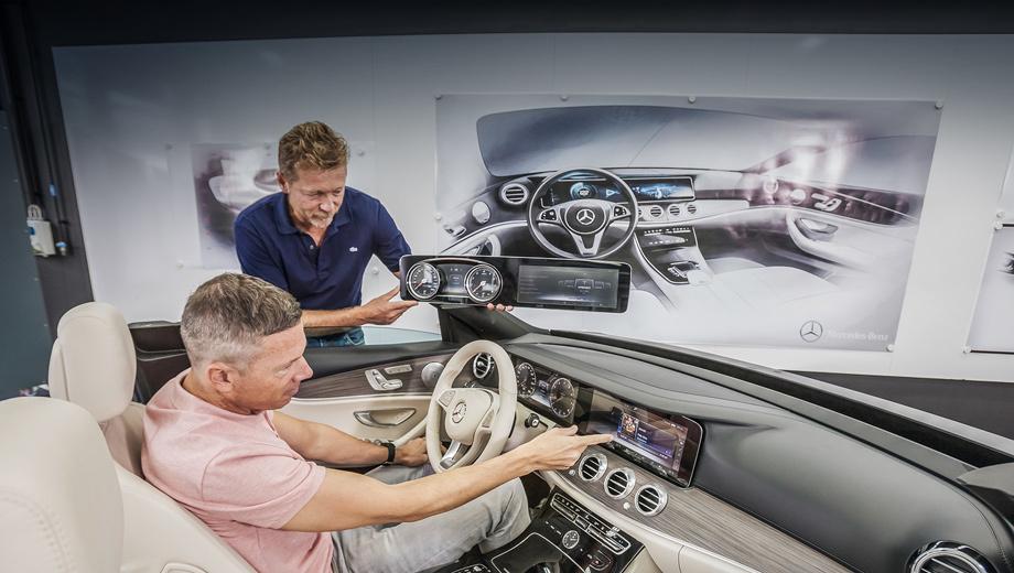 Mercedes e. Полностью новый седан Mercedes-Benz E-класса покажут уже менее чем через месяц ― 11 января на мотор-шоу в Детройте. Тогда мы узнаем о гамме модификаций в целом и силовых агрегатах в частности. Поговаривают, готовится и удлинённая «ешка».