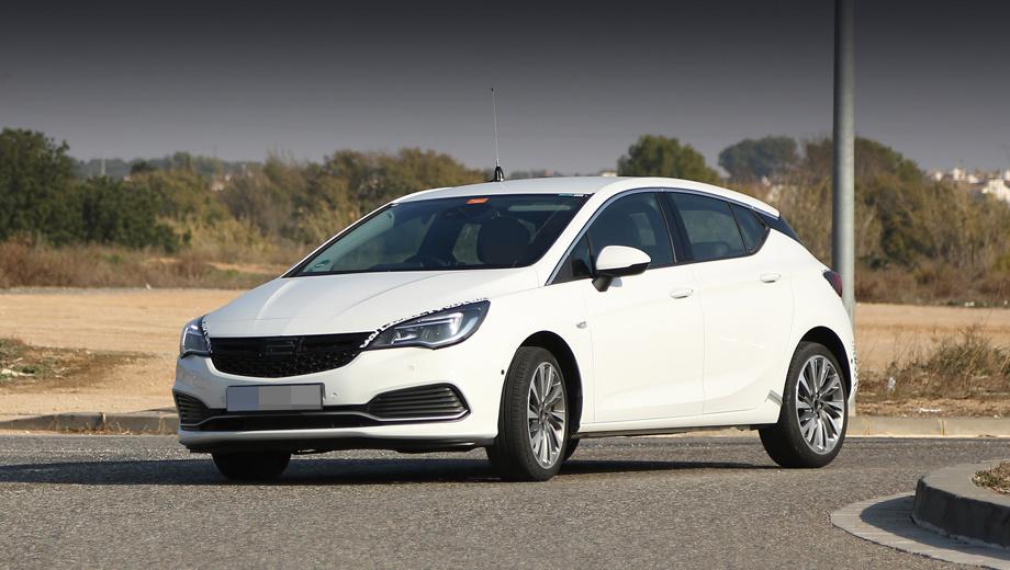 Opel astra,Opel astra gsi. От обычной Астры этот вариант отличается новым бампером с крупными воздухозаборниками и тонкой серебристой полоской.