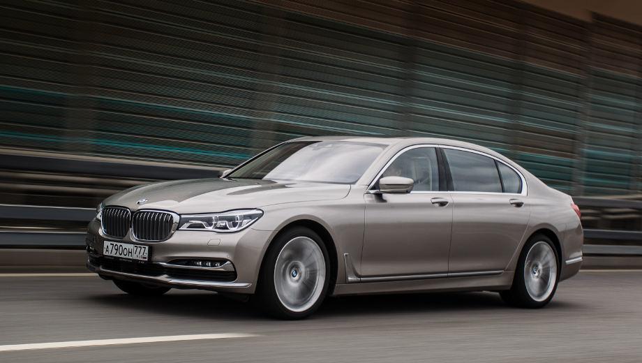 Bmw 7. Самая доступная версия седана BMW седьмой серии поступит в продажу в Китае в марте 2016 года. Цены на неё пока неизвестны.