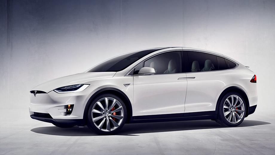 Tesla model x. Кроссовер Model X доберётся до покупателей только во второй половине этого года, и автопилот у него обязательно будет. Tesla Model III, ожидаемая в виде седана и паркетника, выйдет в 2017-м, как говорится, на всё готовенькое.