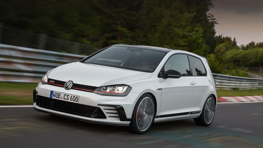 Volkswagen golf,Volkswagen golf gti,Volkswagen golf gti clubsport lightweight. Хот-хэтч Golf GTI Clubsport стоит в Германии 36 450 евро, на 6050 евро дороже, чем 230-сильный Golf GTI Performance.