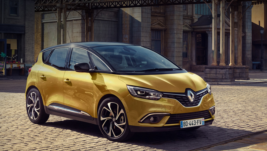 Renault megane,Renault megane estate,Renault megane estate gt,Renault scenic. Французы особо подчёркивают такую особенность нового Сценика, как «трёхсекционное лобовое стекло». Имеются в виду крупные треугольные окошки у передних стоек, которые мы видели на минивэне Renault Espace. Они-де улучшают обзорность и обеспечивают панорамный вид.