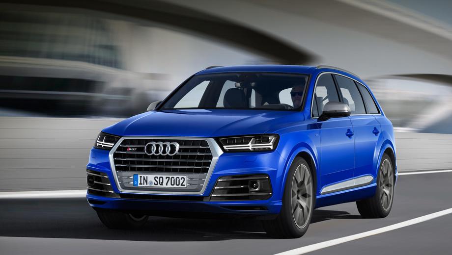 Audi sq7. У SQ7 подправлены решётка и бамперы. Корпуса зеркал и накладки на дверях по умолчанию алюминиевые. Покупатели смогут выбирать из 12 цветов кузова.