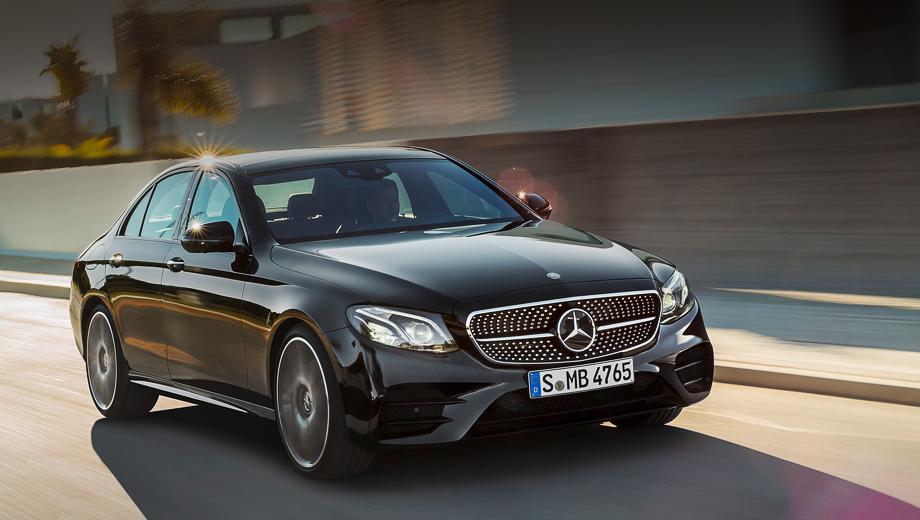 Mercedes e,Mercedes e amg. Внешне версию E 43 отличают крупные воздухозаборники с парой больших рёбер, глянцево-чёрная решётка радиатора с хромированными окантовкой и «алмазами».