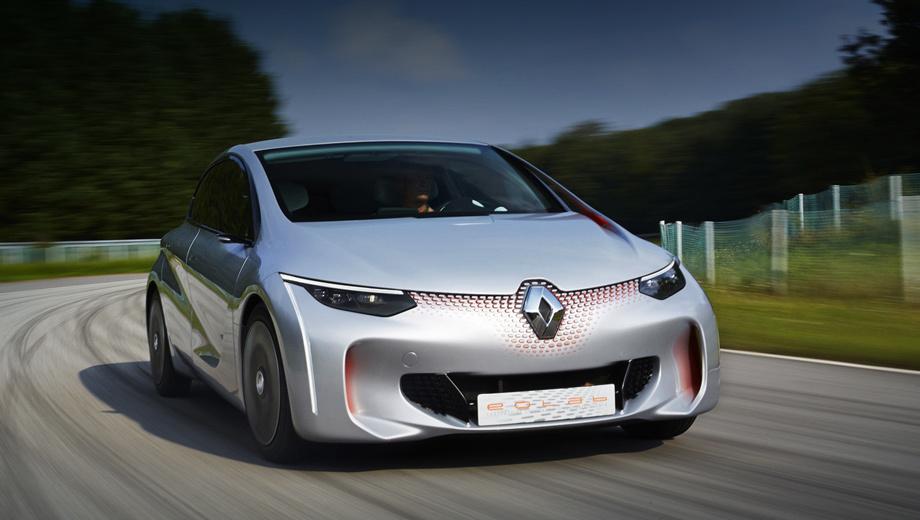 Renault clio,Renault scenic. На облик следующего поколения Clio в сентябре 2014-го намекнул  заряжаемый от сети шоу-кар  Renault Eolab. Лёгкая (955 кг) и аэродинамически эффективная (коэффициент сопротивления 0,23) машина благодаря бензоэлектрической системе Z.E. Hybrid потребляет лишь один литр топлива на 100 км.