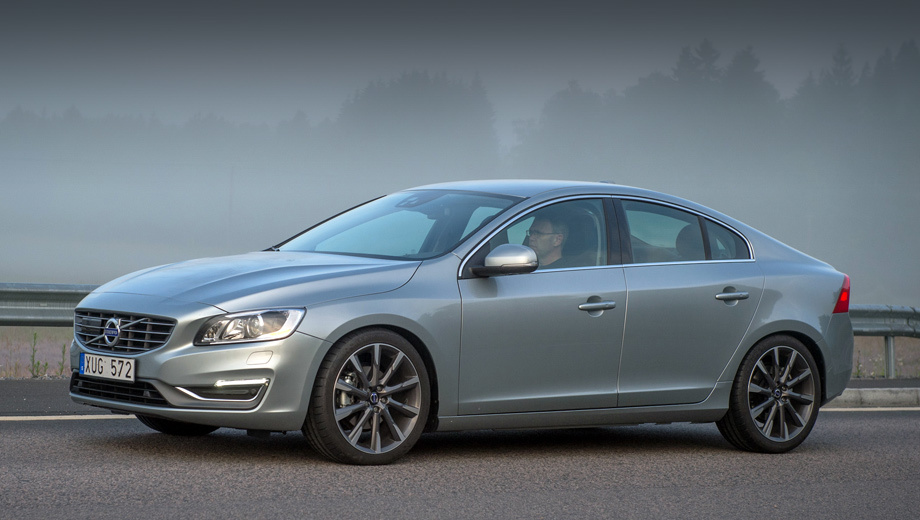 Volvo xc60,Volvo s60,Volvo s60 cc,Volvo xc70,Volvo v60,Volvo v70. Как обычно, официальные дилеры уведомят владельцев проблемных машин о необходимости визита на сервис, но на станции техобслуживания можно обращаться, не дожидаясь приглашения.