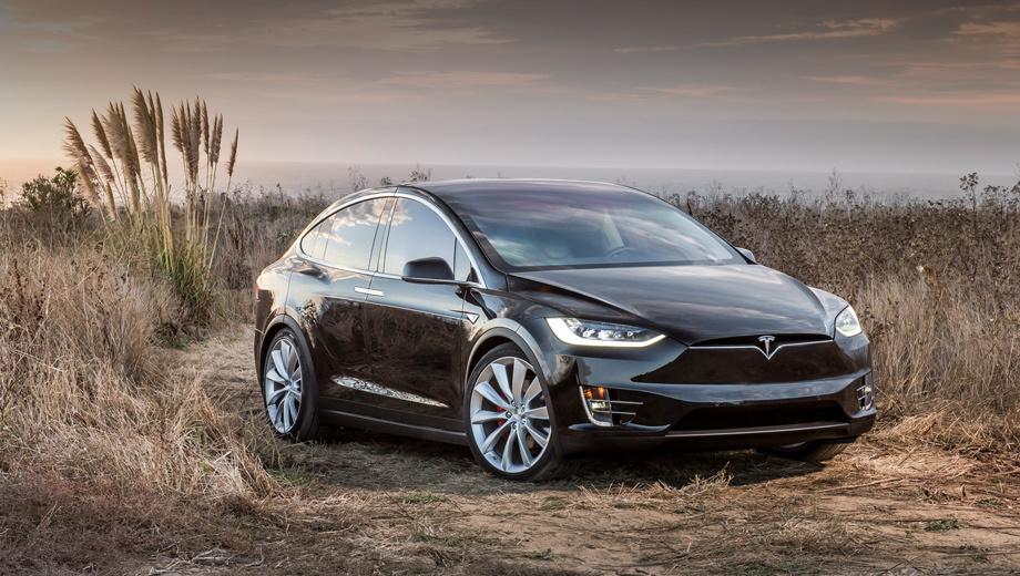 Tesla model s,Tesla model x,Tesla model 3. Паркетник Model X в лимитированном издании Signature стоит от $132 000. Цена на «базу» официально ещё не указана. Известно однако, что кроссовер на пять тысяч дороже «эски» в аналогичной комплектации. Следовательно, как минимум $80 000.