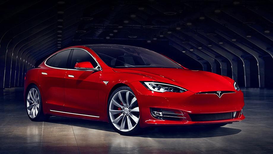Tesla model s. Передняя часть хэтчбека Model S теперь выдержана в стилистике Model X и Model 3. Производство рестайлинговых машин уже стартовало. Ценник слегка вырос, теперь базовая модификация в США стоит $71 500.