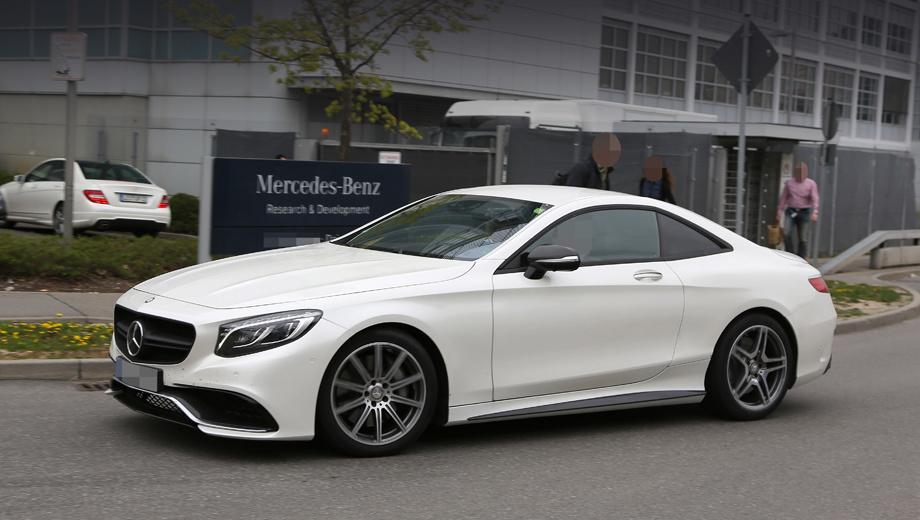 Mercedes sl. При беглом взгляде кажется, что перед нами Mercedes-AMG S 63 Coupe, но это обман зрения.