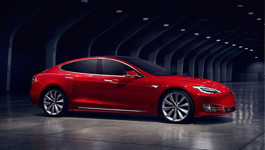 Tesla model s,Tesla model 3. Самая простая «эска» сейчас оценивается в $71 500. Топовый вариант со всеми опциями (от умной пневмоподвески, связанной с GPS, до сидений в багажнике, от премиальной аудиосистемы до пакета апгрейда динамики) — в $136 500.
