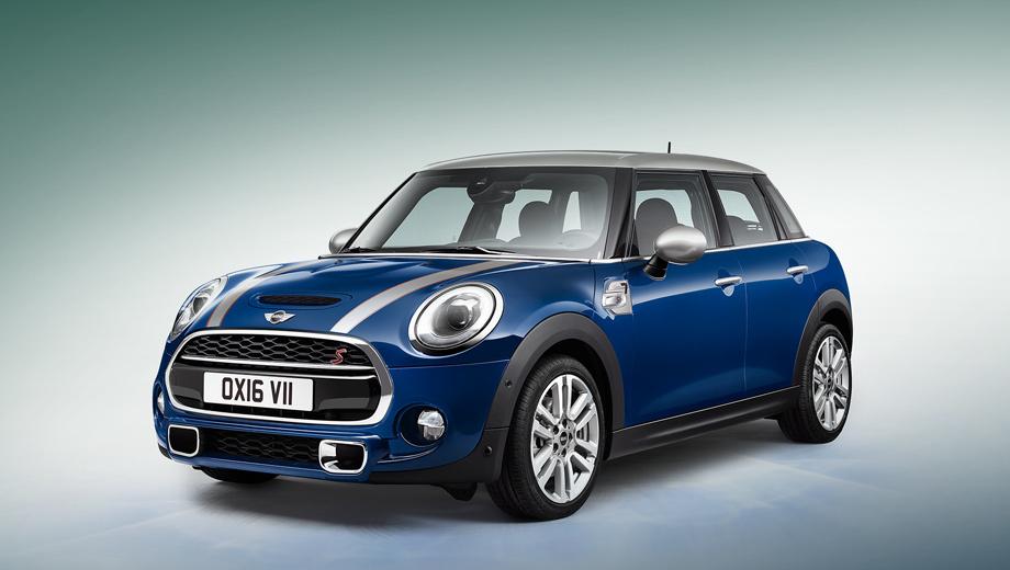 Mini cooper. Автомобили с шильдиками Seven можно заказать в одном из следующих оттенков кузова — Lapisluxury Blue, Pepper White, Midnight Black и British Racing Green.