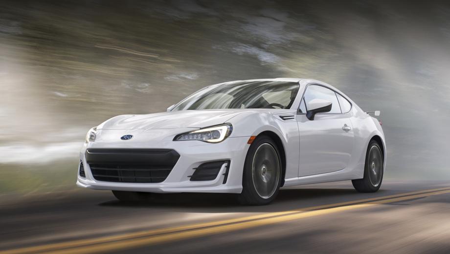 Subaru brz. Автомобиль получил новые светодиодные фары, передний бампер и крышку капота. Противотуманки (если они входят в комплектацию) – стали светодиодными.