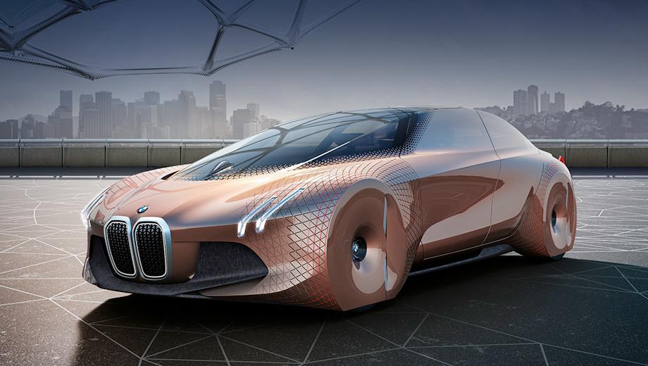 Bmw i3,Bmw i. Концепт BMW Vision Next 100, построенный к юбилею компании, обозначил её курс на ближайшие сто лет: машины научатся ездить сами, но останутся драйверскими, в главной роли — водитель, а автопилот у него на побегушках.