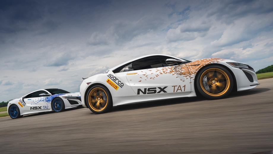 Acura nsx. Акуры NSX будут подниматься на гору в двух разных классах: Time Attack 1 и 2. Первый позволяет использовать облегчённое шасси и модернизированную на гоночный лад выхлопную систему, второй требует серийный автомобиль, оснащённый необходимым оборудованием для обеспечения безопасности. Суперкары поведут братья Джеймс и Ник Робинсоны, американские гонщики и инженеры.