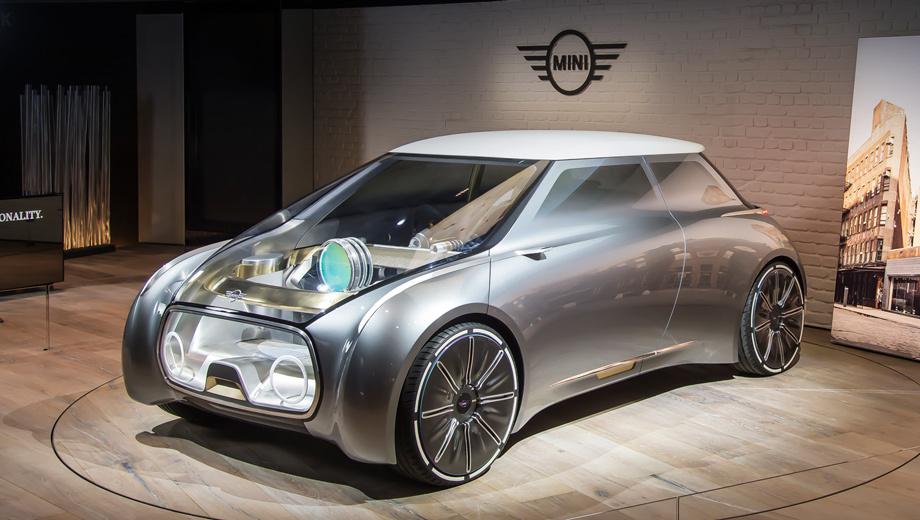 Mini vision next 100,Mini concept. Прозрачность концепта — не просто чудачество. Это отражение идеи смешения виртуального и реального миров: водитель должен воспринимать подсказки электроники на фоне стелющейся под колёса дороги.