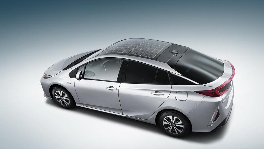 Toyota prius,Toyota prius prime. Японцы утверждают, что солнечные батареи «на макушке» делают Prius на 10% энергоэффективнее. Правда, стоят ячейки пока дороговато, но с широким распространением по модельному ряду цена упадёт до приемлемого массами уровня.