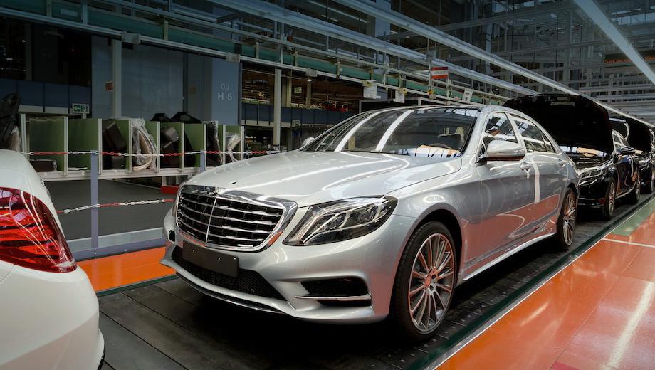 Mercedes e,Mercedes e,Mercedes gle,Mercedes gls,Mercedes a. Предварительный объём производства — 25 000 автомобилей в год. На российском заводе может быть налажена сборка пяти легковых моделей марки Mercedes — S, E, GLE, GLS и A.