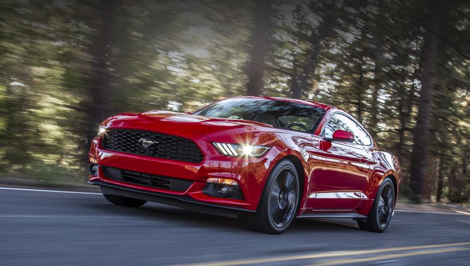 Ford mustang. Современный Mustang в зависимости от версии оснащается моторами 2.3 EcoBoost, V6 3.7 Cyclone, V8 5.0 Coyote или V8 5.2 Voodoo, а также шестиступенчатыми коробками передач («механика» и «автомат»).