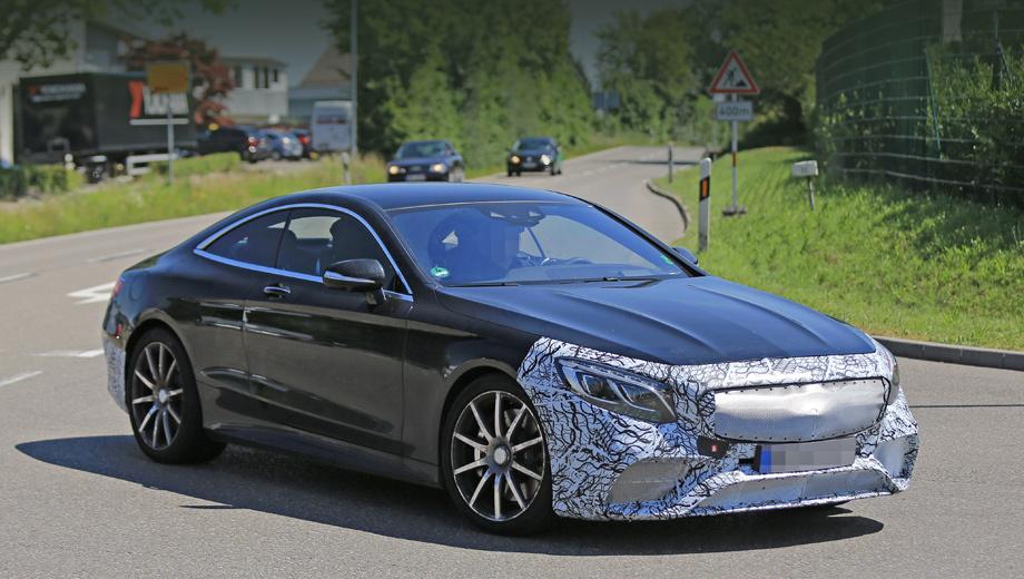 Mercedes s,Mercedes s amg. Дизайн десятиспицевых дисков — прежний, но к серии компания вполне может добавить новые. Основные перемены придутся на бамперы и решётку радиатора.