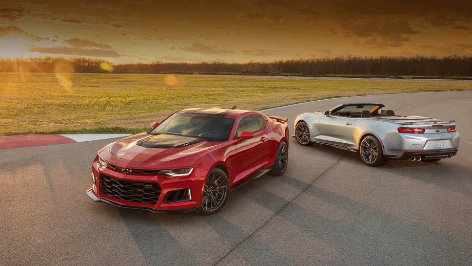 Chevrolet camaro,Chevrolet camaro zl1,Chevrolet camaro 50th anniversary. Ускоряет двухдверку Chevrolet Camaro ZL1 агрегат V8 6.2 LT4 с приводным компрессором. На выбор: десятиступенчатый «автомат» или шестиступенчатая «механика», закрытый или открытый кузов.