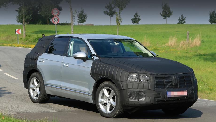 Volkswagen touareg,Volkswagen cc,Volkswagen tiguan xl,Volkswagen t-cross. В Фольксвагене прототипы обычно основательно маскируют пёстрой плёнкой, но на этот раз испытатели ограничились накладками на переднюю и заднюю части кузова, оставив боковины неприкрытыми.