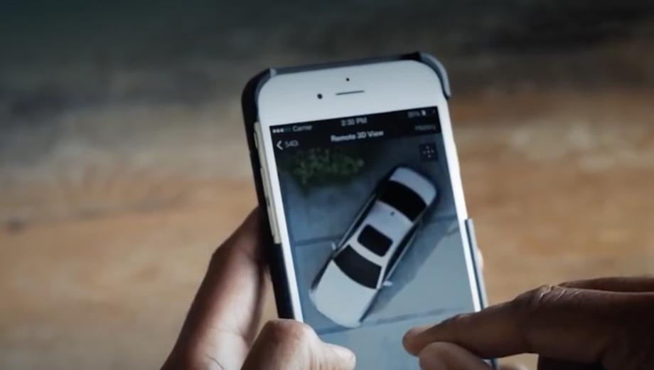 Bmw 5. У BMW уже есть приложения для смартфонов: например, My BMW Remote позволяет узнать статус заряда батареи у гибридов и электрокаров, дистанционно открыть и закрыть двери, включить климат-контроль, а также найти машину на парковке с помощью световых и звуковых сигналов.