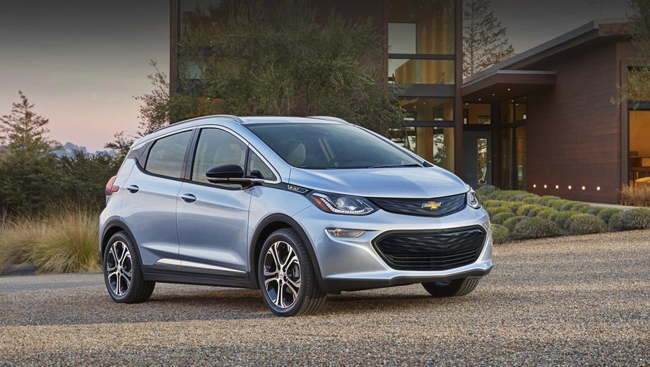 Chevrolet bolt,Opel ampera-e. В США модель Bolt поступит в продажу к концу нынешнего года по цене $30 000.