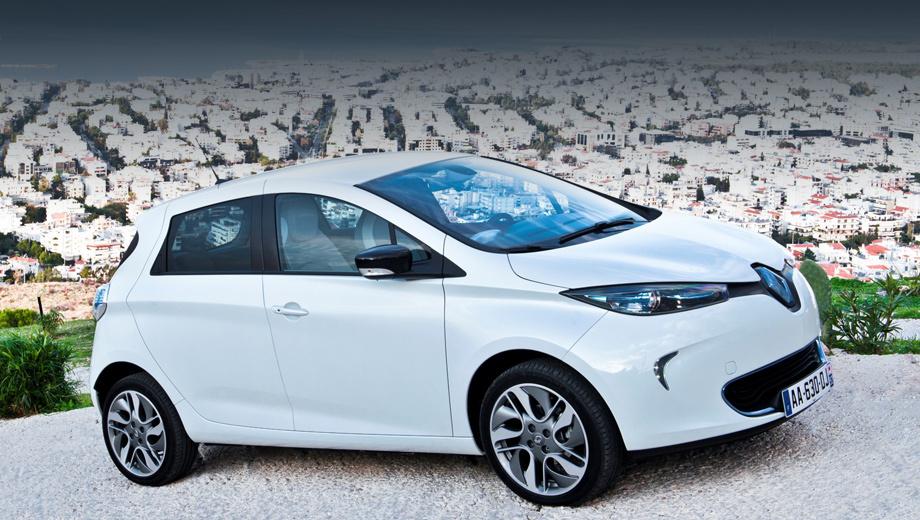 Renault zoe. В июне общее число проданных хэтчбеков Zoe достигло 50 000. В 2015 году в Европе он был самым популярным электрокаром, а в мире — входил в первую десятку подключаемых к розетке моделей.