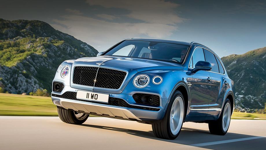Bentley bentayga. Распознать дизельный вариант можно по чернёной решётке радиатора и иным по форме патрубкам выхлопной системы.