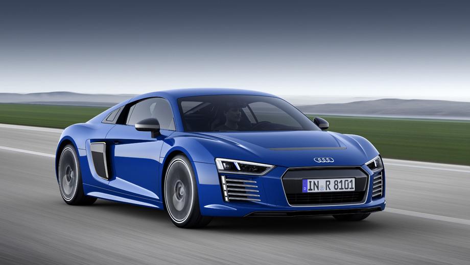 Audi r8,Audi r8 e-tron. Необычная «электричка» продавалась только в Европе при обращении клиентов непосредственно в штаб-квартиру производителя.