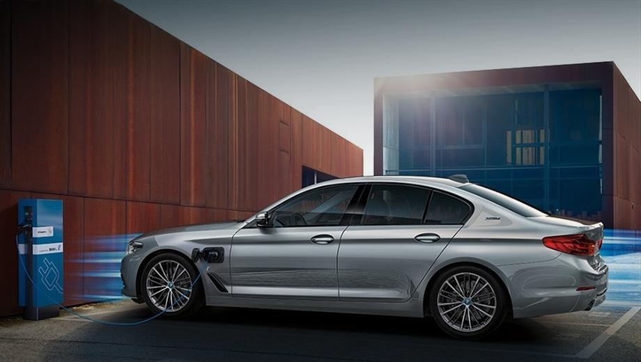 Картинки по запросу BMW 530e: гибрид 5 серии