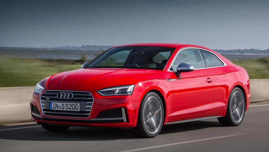 Audi s5. Оттенки окраски кузова «металлик» и перламутр доступны за доплату в 62 442 рублей. Светодиодные фары — стандартное оборудование для модели.