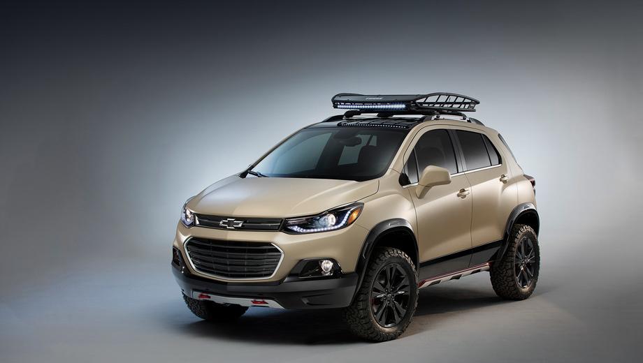 Chevrolet trax,Chevrolet tracker. В США модель Trax предлагается только с «турбочетвёркой» 1.4 (140 л.с., 200 Н•м) и шестиступенчатым «автоматом» Hydra-Matic. Базовая версия стоит $21 895 (1,4 млн рублей), полноприводная — $23 395.