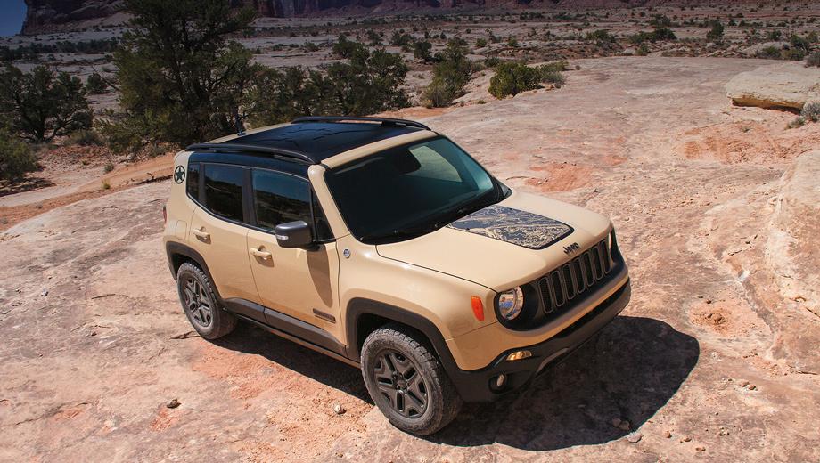 Jeep renegade. Внедорожник в исполнении Deserthawk будет доступен в белом, сером, чёрном или песочном цветах кузова.