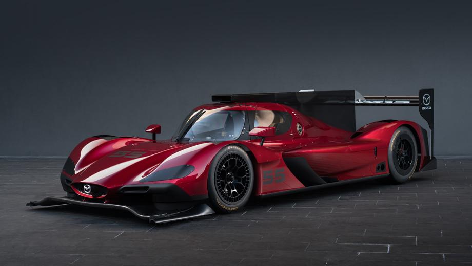 Mazda rt24-p. Глава по дизайну отделения Mazda Design Americas Кен Савар заявил, что адаптация к прототипу фирменного стиля Kodo позволила совместить целеустремлённый вид с эффективной аэродинамикой.