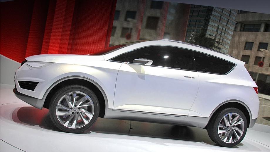 Seat arona. Концепт Seat IBX образца 2011 года (на фото) силуэтом похож на схематическое изображение Ароны, показанное Сеатом на одной из конференций. По размерам IBX, кстати, близок к грядущим собратьям от марок Volkswagen и Skoda.