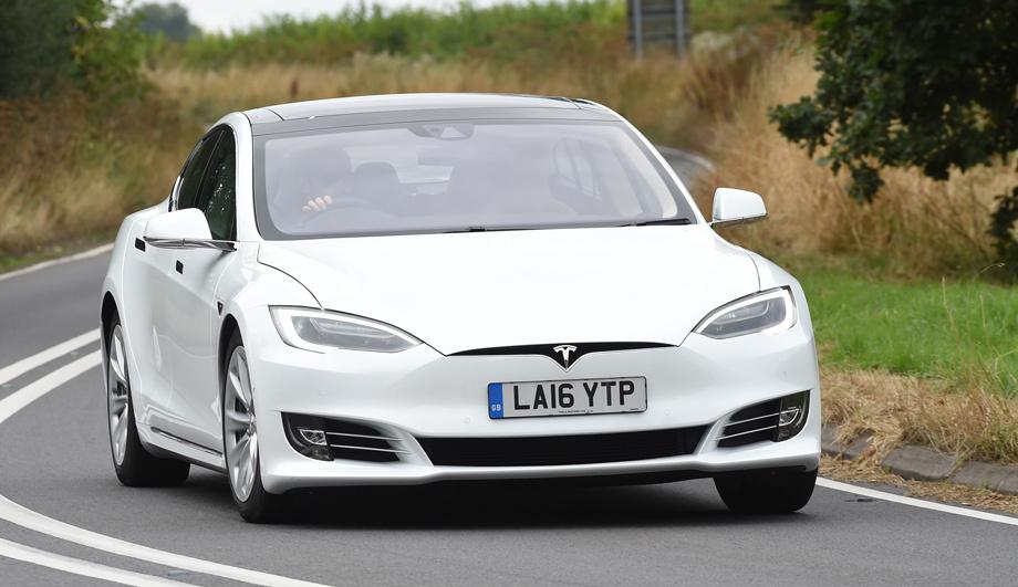 Tesla будет официально реализовываться в РФ