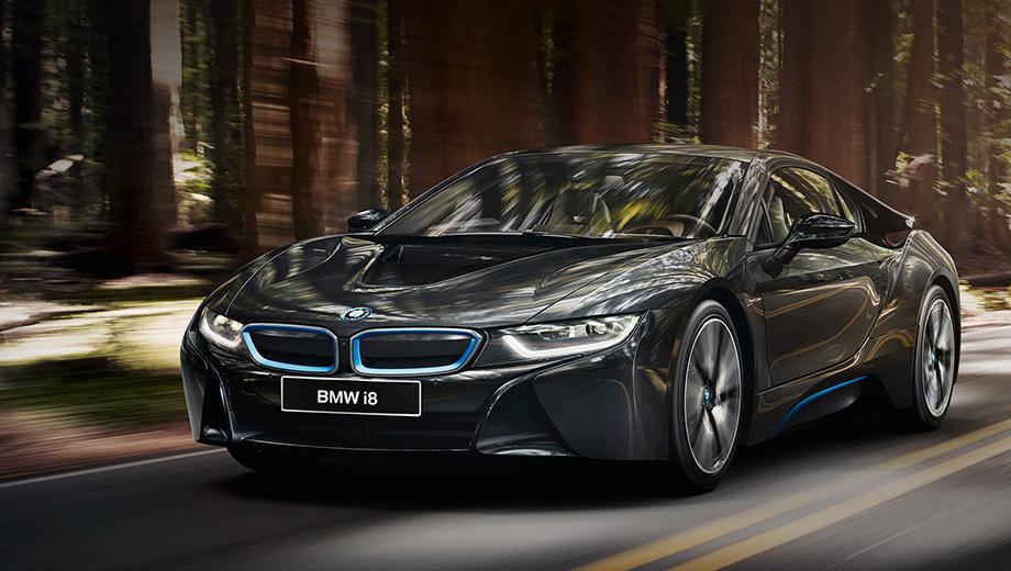 Bmw i8,Bmw i3. Полгода назад под секвестр попали гибрид BMW i8, «четвёрки» и «шестёрки» в кузове кабриолет, спортседан BMW M3 и «пятёрка» GT. Уже ввезённые машины ещё есть на складах, но  дилеры готовы к поставкам под заказ машин без «Эры», если стоковые варианты клиента не устраивают.