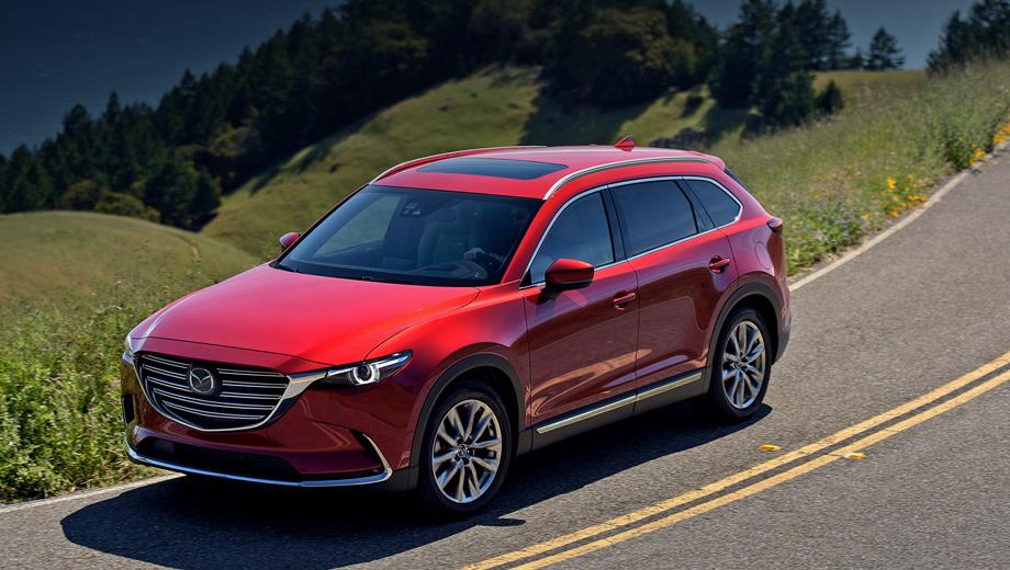 Mazda cx-9. Для нашей страны Mazda CX-9 сертифицирована с тремя рядами сидений. (Кстати, в Штатах семь мест идут «в базе».) Московский офис пока не знает, опция это или нет, но дал понять, что система экстренного вызова ЭРА-ГЛОНАСС у «девятки» уже имеется.