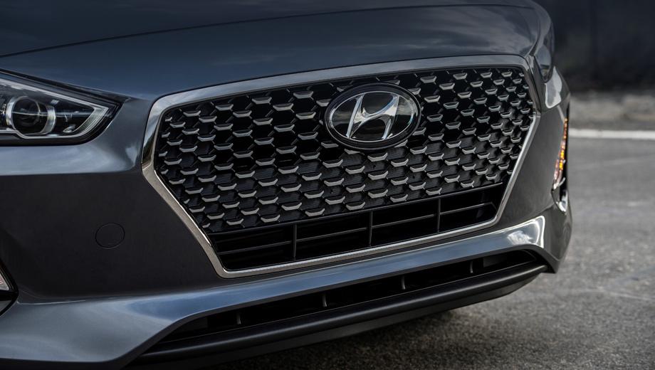 Hyundai i30,Hyundai elantra,Hyundai elantra gt. Внешне американский вариант хэтчбека может отличаться от европейского собрата в мелочах, но по тизерам — он практически копия.