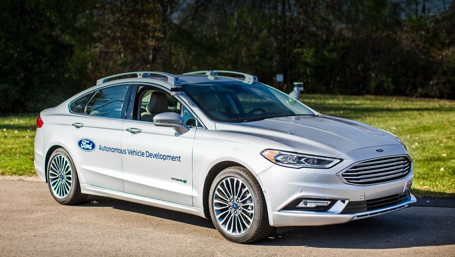 Ford fusion. Сотрудничество со стартапами — часть большой программы Ford Smart Mobility. Испытания «виртуального водителя» проходят на седане Ford Fusion, который в январе сменил поколение.