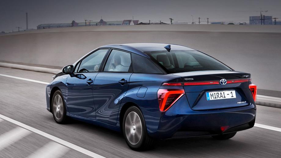 Все водородные седаны Toyota Mirai будут отозваны