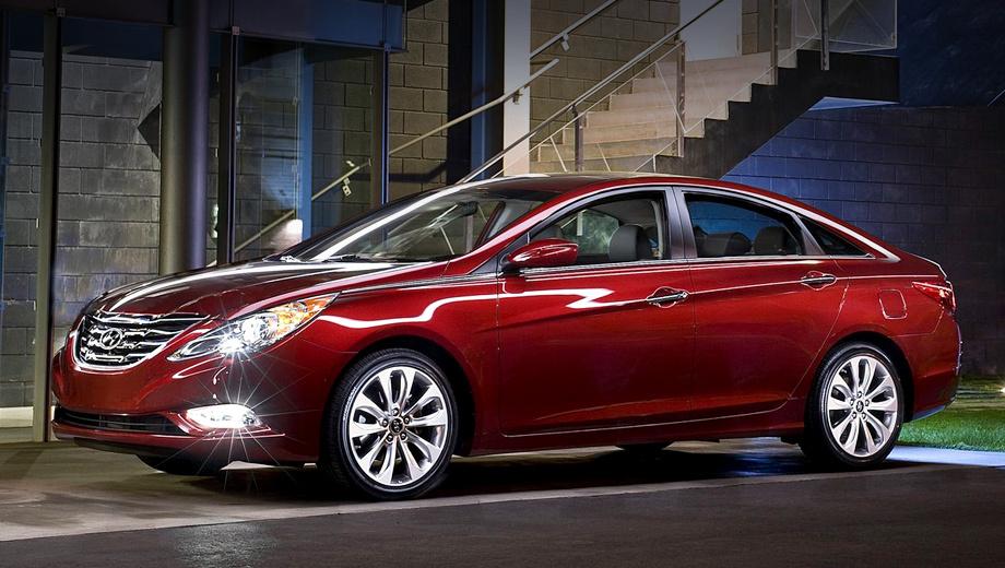 Hyundai sonata. Hyundai Sonata ― второй по продажам автомобиль южнокорейской компании в США (после Элантры). С 2010-го по 2016 год американцы купили почти полтора миллиона Сонат.