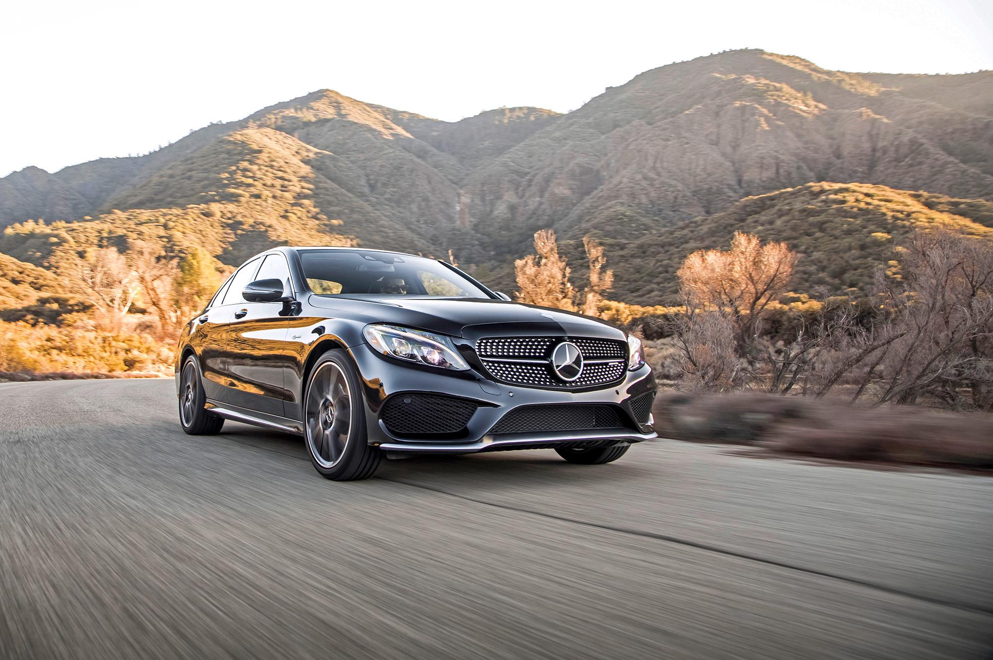 Родстер Mercedes SLK станет полноприводным гибридом