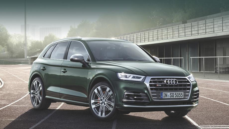 Audi sq5,Audi q5. Версию SQ5 отличают от собратьев изменённые бамперы, решётка радиатора и выхлопные патрубки, декоративные элементы цвета Twilight Grey, алюминиевая отделка зеркал, накладки на двери в цвет кузова и, конечно, шильдики.