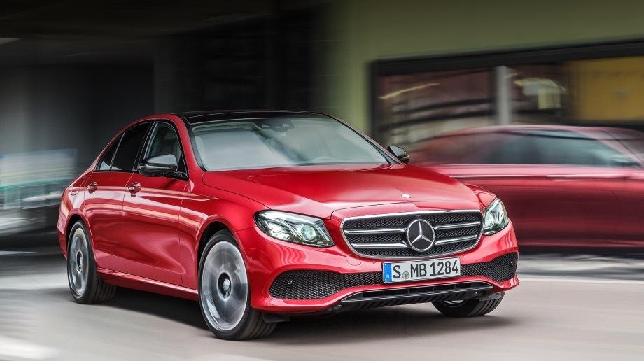 Mercedes e. Акция распространяется на «ешки», проданные с января 2016 года по февраль 2017-го. Какие именно члены семейства попали под отзыв, Росстандарт не уточняет.